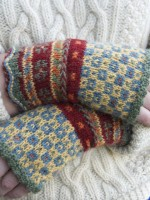 Latvian Fingerless Mitts