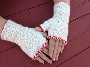 Swedish Twined Fingerless Mitts