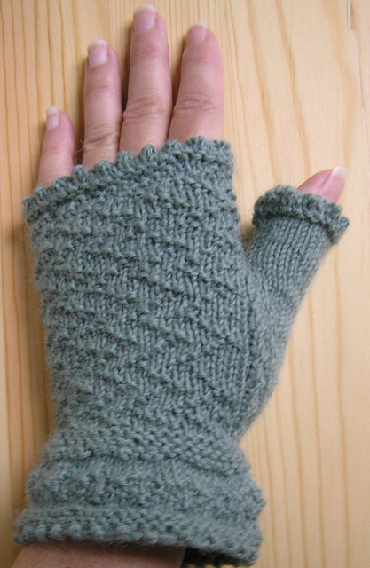 Gansey Fingerless Mitts